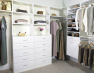 Built-in cupboards and walk-in robes for your bedroom